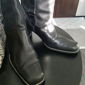 Aerosols Leather Boots